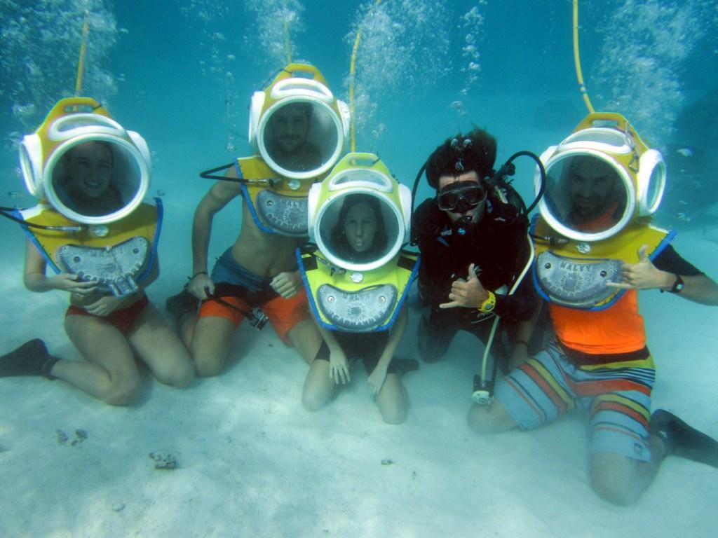 https://tahititourisme.mx/wp-content/uploads/2017/08/ACTIVITES-NAUTIQUES-Aquablue-2.jpg