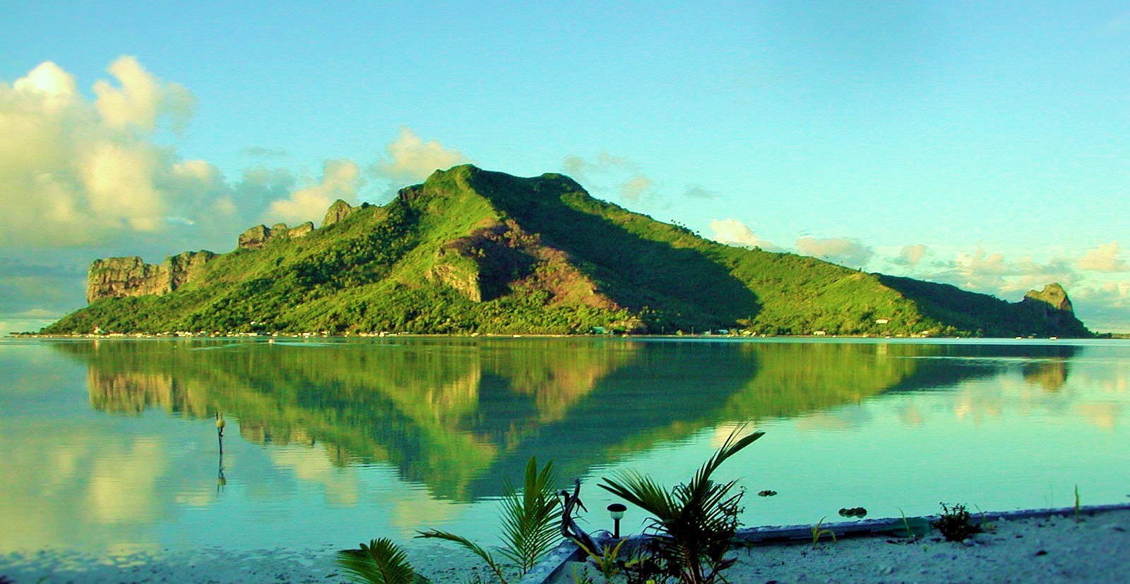 https://tahititourisme.mx/wp-content/uploads/2017/08/Couverture-1-46.jpg