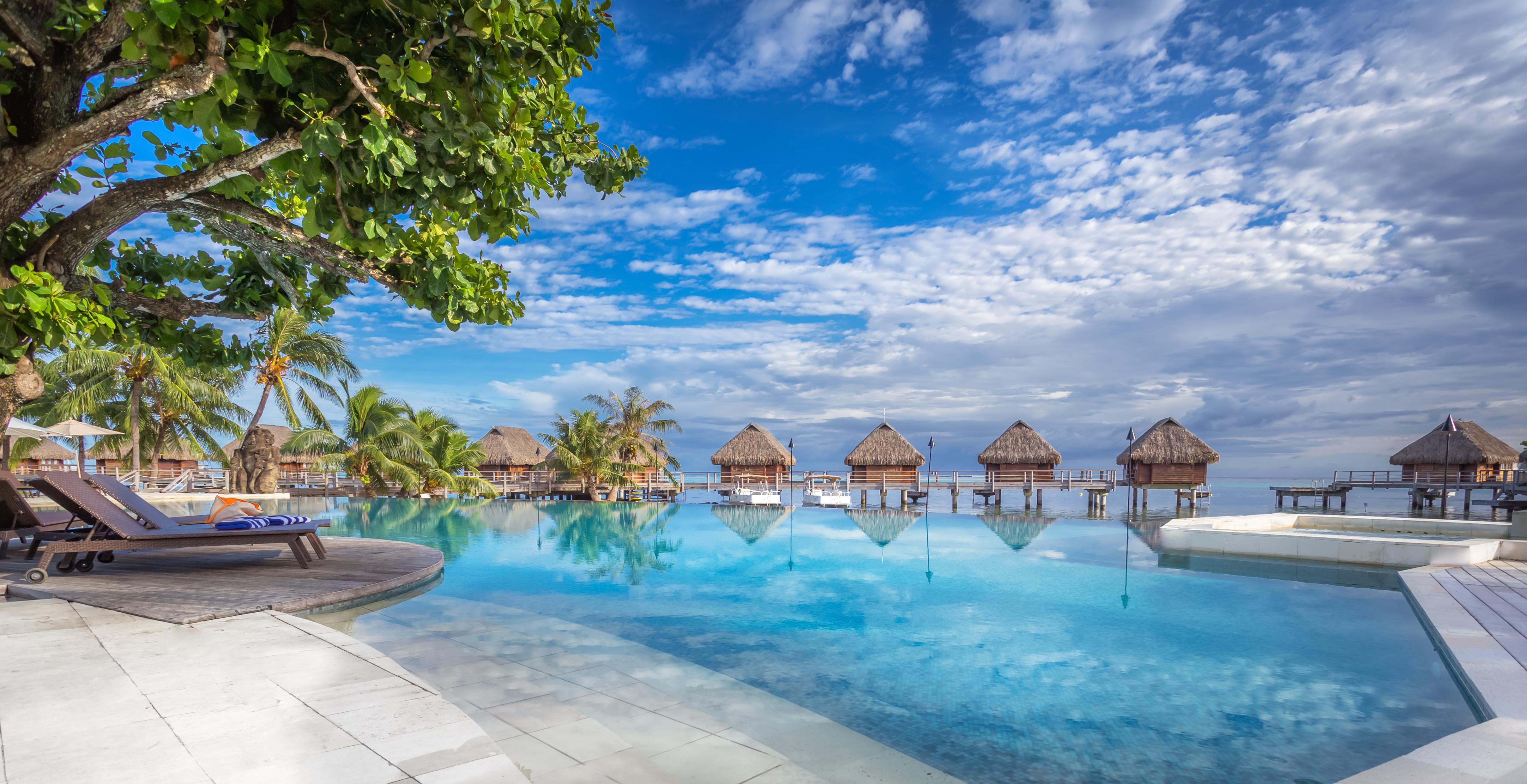 https://tahititourisme.mx/wp-content/uploads/2017/08/HEBERGEMENT-Manava-Beach-Resort-and-Spa-Moorea-1-Charles_Veronese.jpg