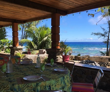 https://tahititourisme.mx/wp-content/uploads/2018/04/view-from-terrace-commune.jpg