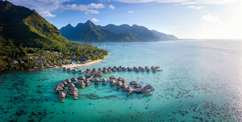 https://tahititourisme.mx/wp-content/uploads/2019/06/Resort-Exterior.jpg