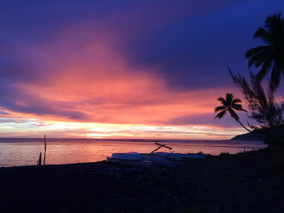 https://tahititourisme.mx/wp-content/uploads/2020/02/manomanolodge_sunset.jpg